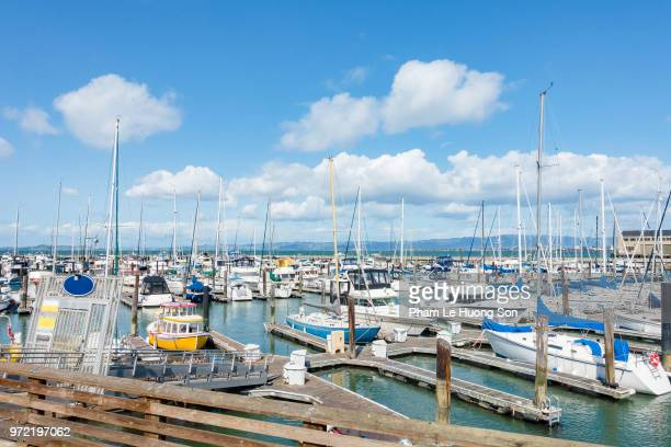 boats in the docks at pier 39, san francisco, united states - fishermans wharf stock pictures, royalty-free photos & images
