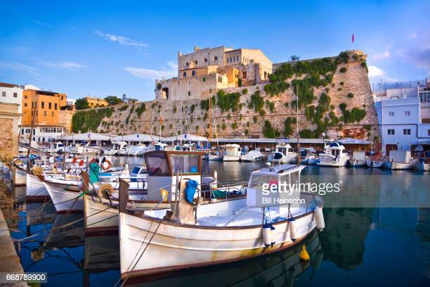 boats in the harbor of ciutadella de minorca, manorca, spain - ミノルカ ストックフォトと画像