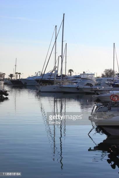 boats in the port. athens - greece wwii stockfoto's en -beelden