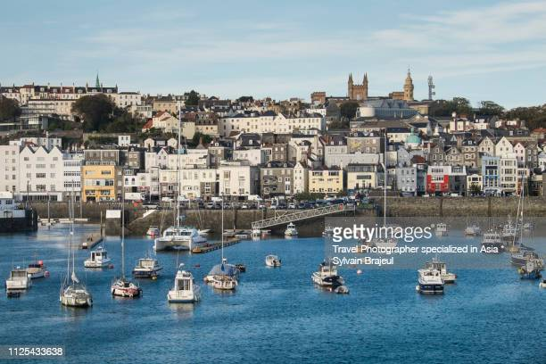 boats in the saint peters harbour in guernsey, channel islands -  brajeul sylvain photos et images de collection