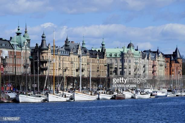 Boats line up on Stockholm's shoreline on May 2 2010 AFP PHOTO / OLIVIER MORIN