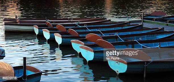 boats moored at river thames - windsor england stock pictures, royalty-free photos & images