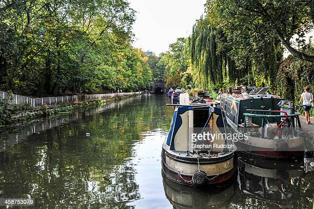 CONTENT] Boats on a canal of London