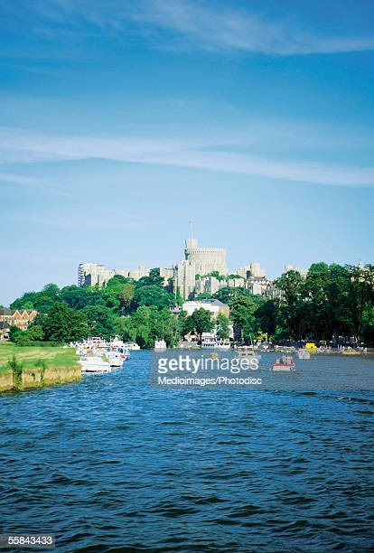 boats on river thames near the windsor castle, windsor, england - windsor castle stock pictures, royalty-free photos & images