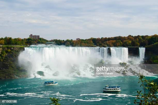 Boats sailng up to Niagara Falls, Canada