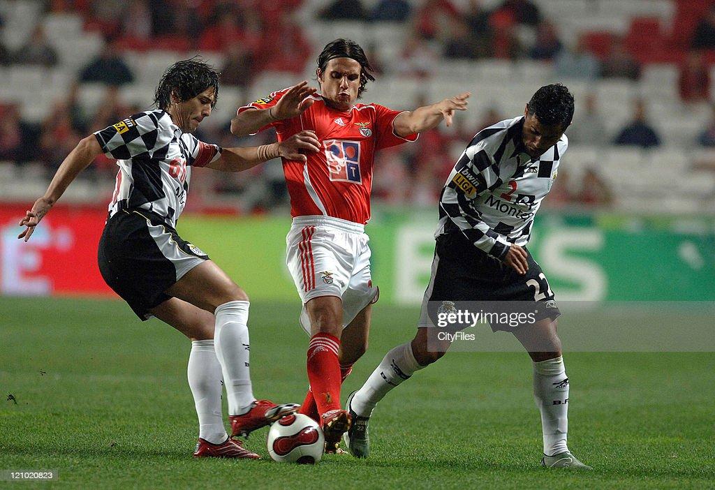 Portuguese League - SL Benfica vs Boavista - February 3, 2007 : News Photo