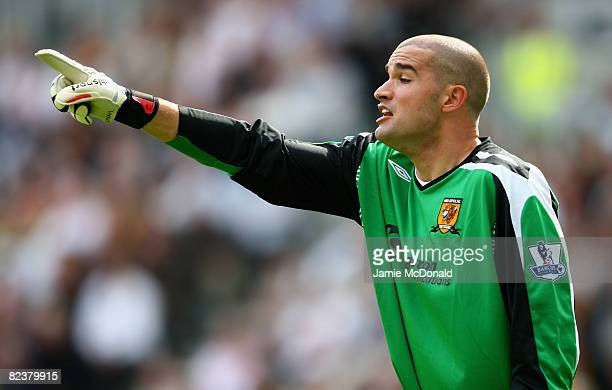 Boaz Myhill of Hull City in action during the Barclays Premier League match between Hull Ciy and Fulham at the KC Stadium on August 16 2008 in Hull...