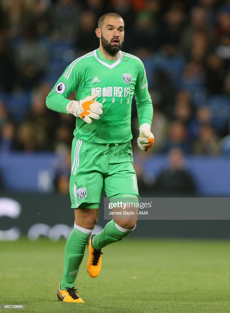 Boaz Myhill of West Bromwich Albion during the Premier League match between Leicester City and West Bromwich Albion at The King Power Stadium on October 16, 2017 in Leicester, England.