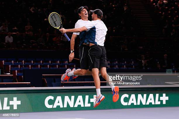 Bob and Mike Bryan of the USA celebrate after winning their Doubles Final match against Jurgen Melzer of Austria and Marcin Matkowski of Poland...