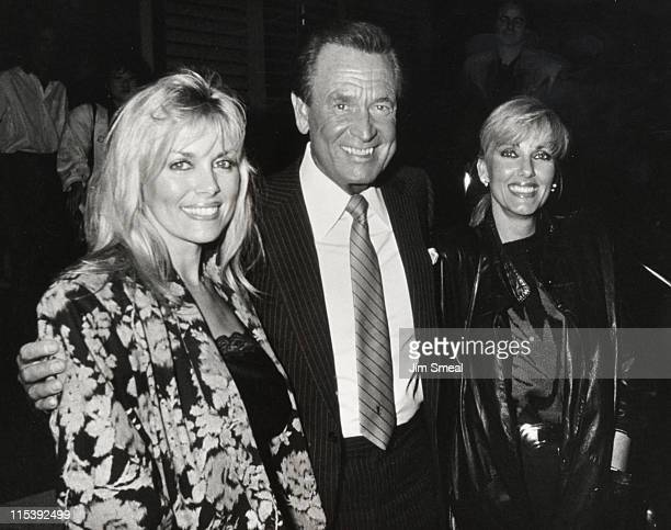 Bob Barker Dian Parkinson and Janice Pennington during Bob Barker and Friends Sighting at Nicky Blair's Restaurant November 11 1986 at Nicky Blair's...