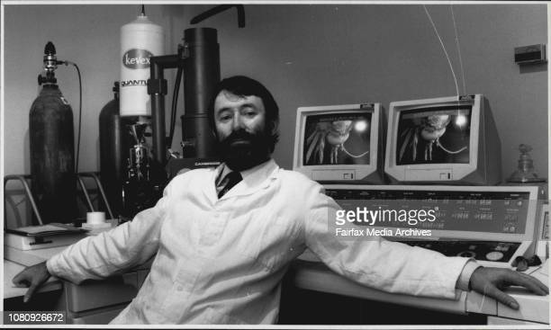 Bob BealeOfficial opening of Electron Microscope at the University of NSWDr Mel Dickson with the new scanning electron microscope May 17 1989