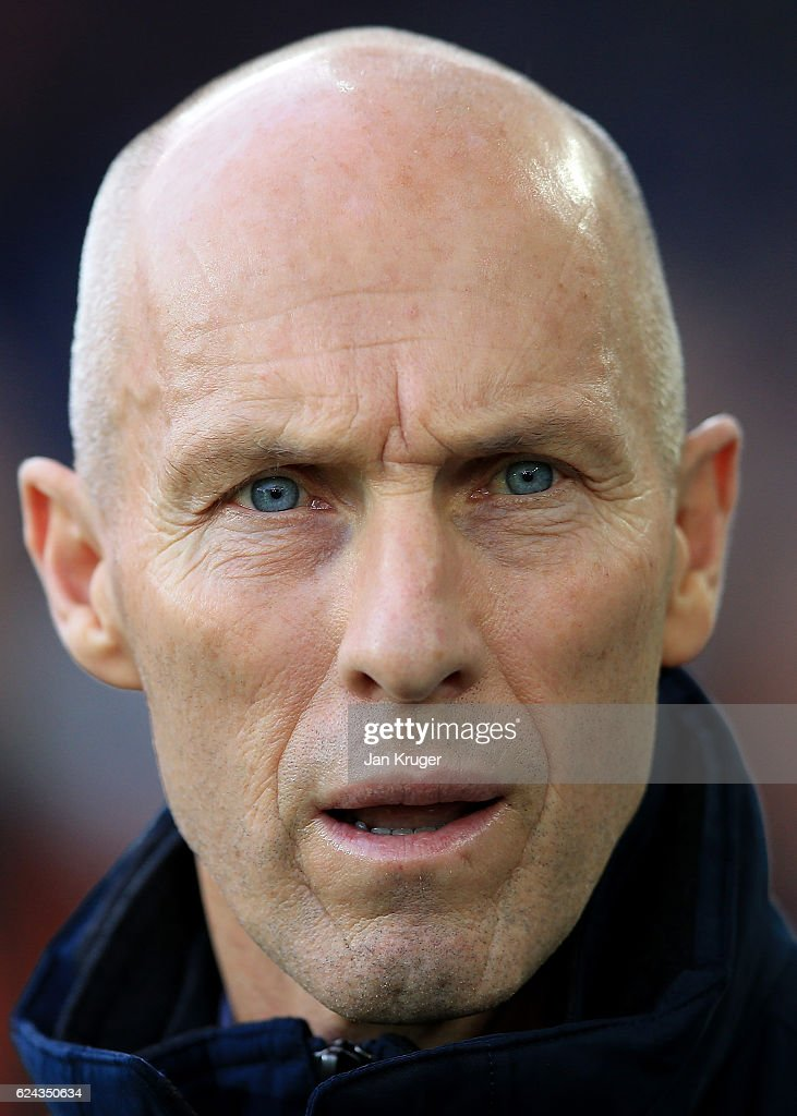 Bob Bradley, Manager of Swansea City looks on during the Premier League match between Everton and Swansea City at Goodison Park on November 19, 2016 in Liverpool, England.