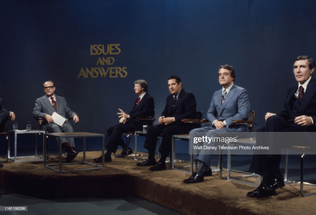 Bob Clark, Jimmy Carter, Fred R Harris, Birch Bayh, Mo Udall Appearing On 'Issues And Answers' : News Photo
