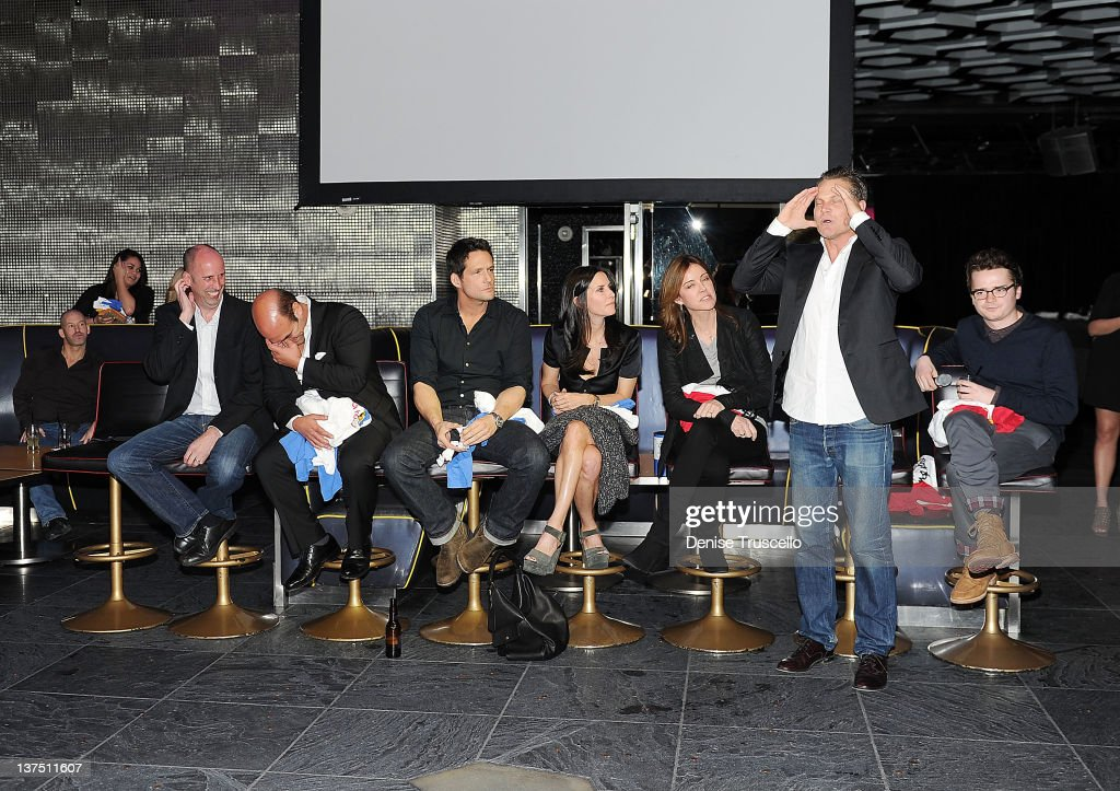 """The Cast Of ABC's """"Cougar Town"""" Hosts Viewing Party At Moon Nightclub At Palms Casino Resort : News Photo"""