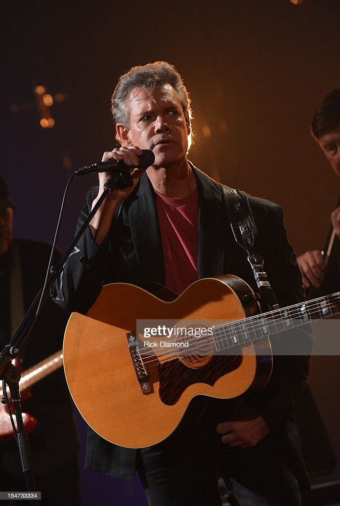 CMT Crossroads: The Avett Brothers And Randy Travis Tapes At The Factory At Franklin : News Photo