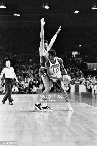 Bob Dandridge of Milwaukee Bucks handles the ball during the game against the Boston Celtics circa 1973 at the MECCA Arena in Milwaukee, Wisconsin....