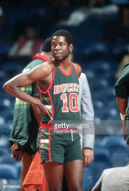 Bob Dandridge of the Milwaukee Bucks looks on against the Washington Bullets during an NBA basketball game circa 1981 at the Capital Centre in...