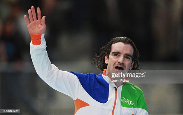 Bob de Jong of Netherland celebrates after winning the 5000m heats during Day 2 of the Essent ISU Speed Skating World Cup at the Max Aicher Arena on...