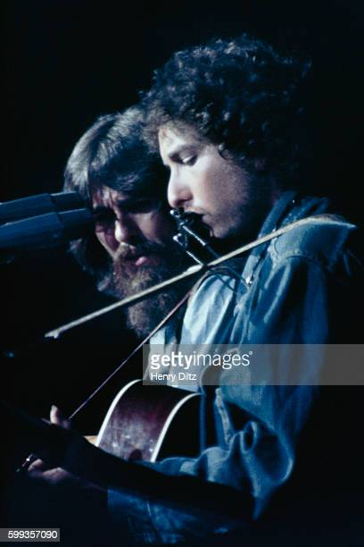 Bob Dylan and George Harrison perform live at the Concert for Bangladesh in Madison Square Garden