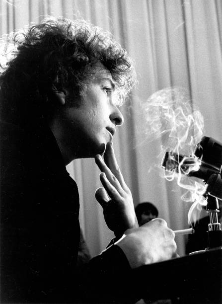 Bob Dylan Press Conference In Los Angeles