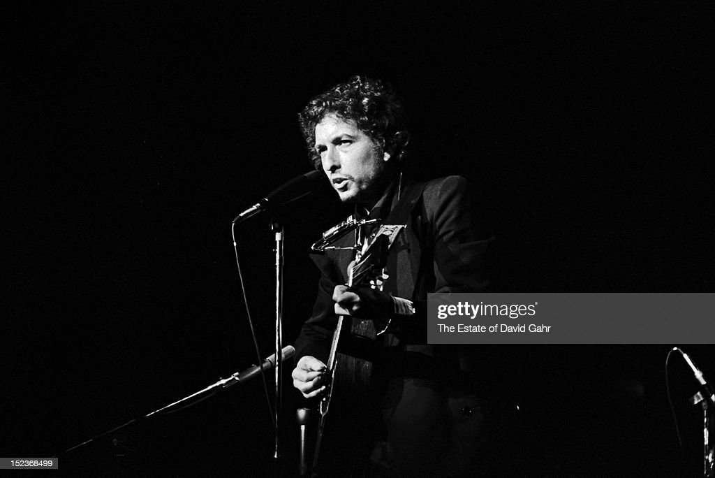 Bob Dylan performs on January 30, 1974 at Madison Square Garden in New York City, New York.