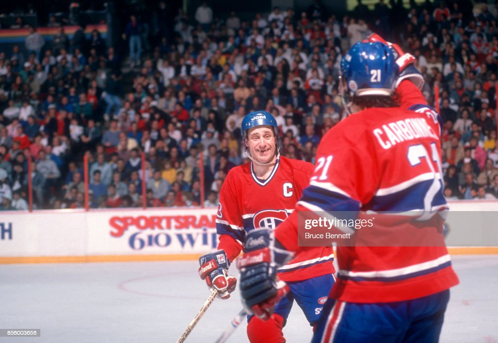 1989 Conference Finals:  Montreal Canadiens v Philadelphia Flyers : News Photo
