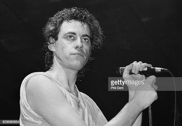 Bob Geldof of Boomtown Rats performs on stage at Hammersmith Palais London 25 March 1985