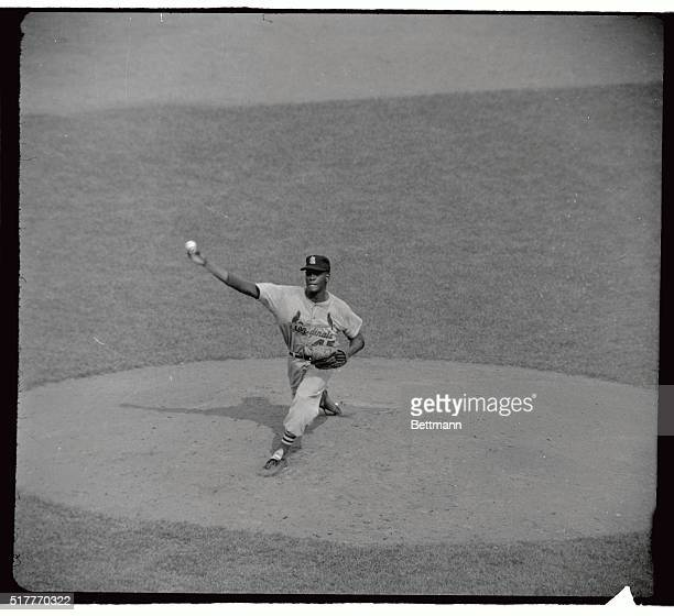 Bob Gibson of the St Louis Cardinals who beat the Mets 151
