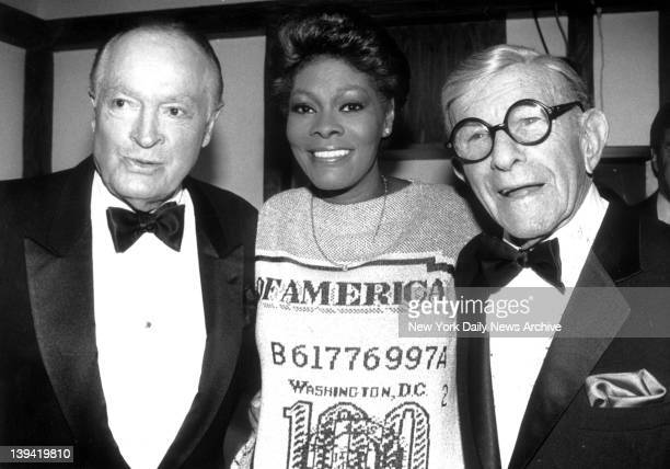 Bob Hope , Dionne Warwick and George Burns at Madison Square Garden