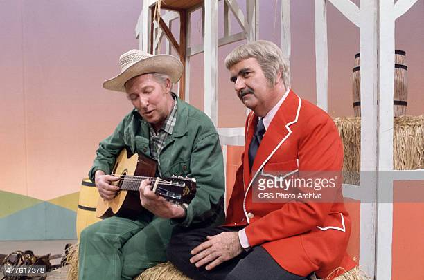Bob Keeshan as Captain Kangaroo with Mr Green Jeans Image dated 1979