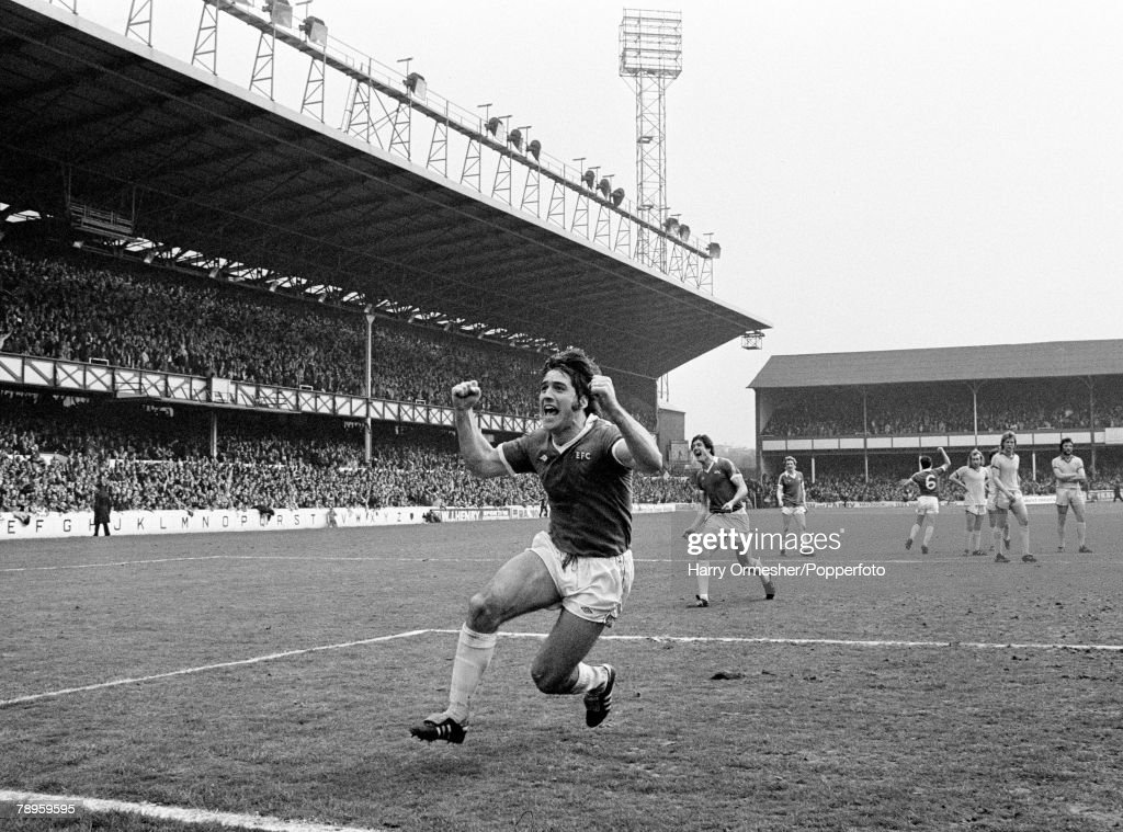 Football. 29th April 1978. Goodison Park, Everton. Everton v Chelsea. Everton's Bob Latchford celebrates a goal. : News Photo