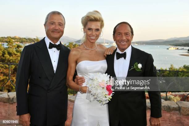 ACCESS*** Bob Manoukian Anna Anka and Paul Anka pose during the wedding at the Hotel Cala di Volpe Bay on July 26 2008 in Porto Cervo Sardinia Italy