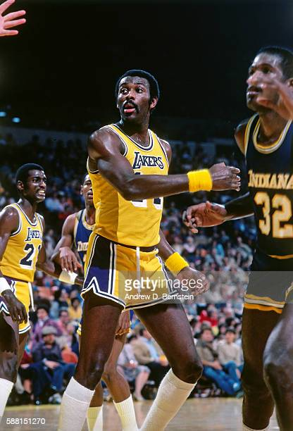 Bob McAdoo of the Los Angeles Lakers looks on against the Indiana Pacers during a game circa 1988 at The Forum in Los Angeles California NOTE TO USER...