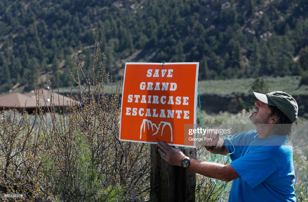 Bob Morgan Hangs A Monument Support Sign At His House In The Grand  Staircase Escalante