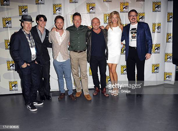 Bob Odenkirk RJ Mitte Aaron Paul Bryan Cranston Dean Norris Anna Gunn and Vince Gilligan speak onstage at the 'Breaking Bad' panel during ComicCon...