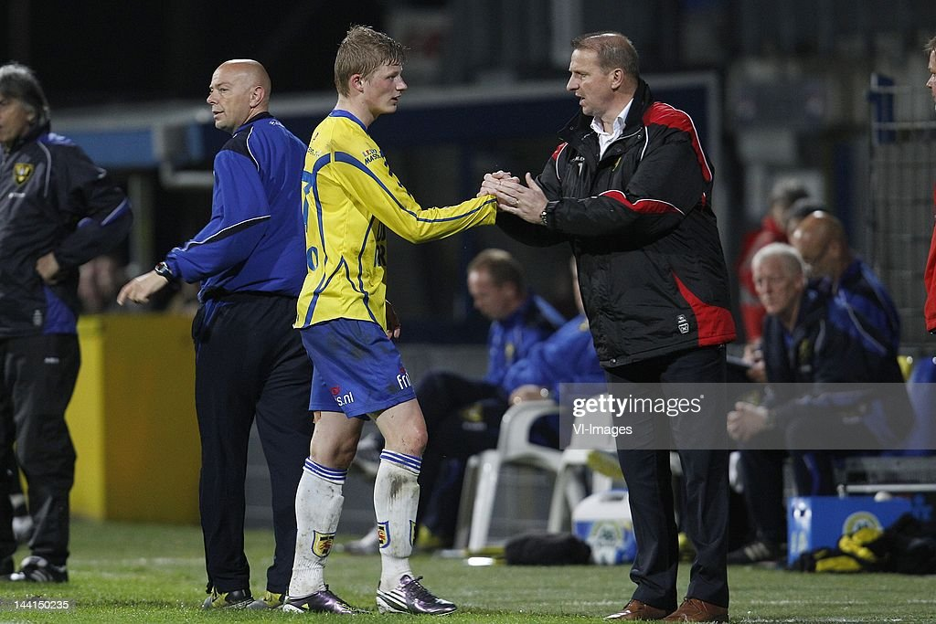 Bob Schepers Of Sc Cambuur Coach Alfons Arts Of Sc Cambuur During The News Photo Getty Images