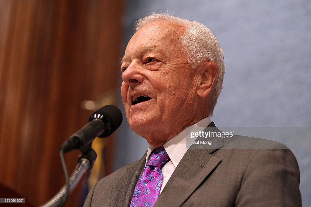 Bob Schieffer speaks at the American News Women's Club 2013 Gala Award luncheon at The National Press Club on June 21, 2013 in Washington, DC.