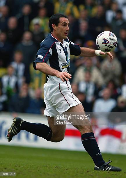 Bob Taylor of West Bromwich Albion charges forward during the Nationwide League Division One match between Bradford City and West Bromwich Albion...