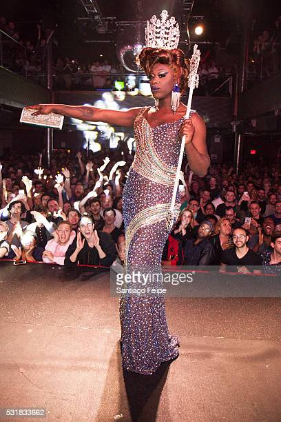 Bob The Drag Queen winner of RuPaul's Drag Race Season 8 onstage during Drag Race Season 8 Finale Party at Stage 48 on May 16 2016 in New York City