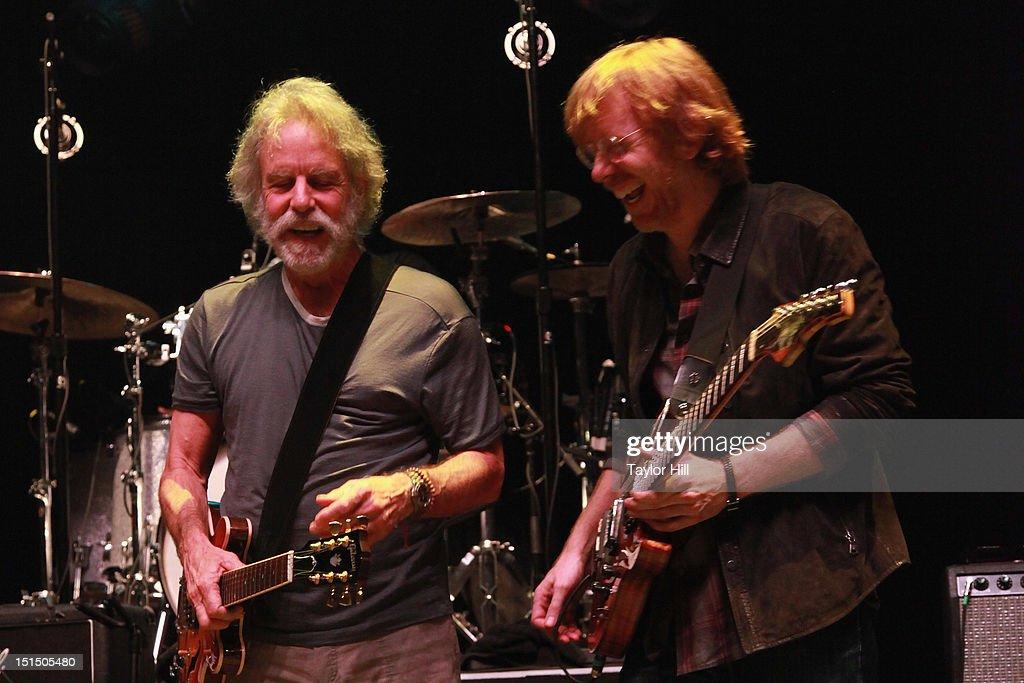 Bob Weir of Grateful Dead and Trey Anastasio of Phish