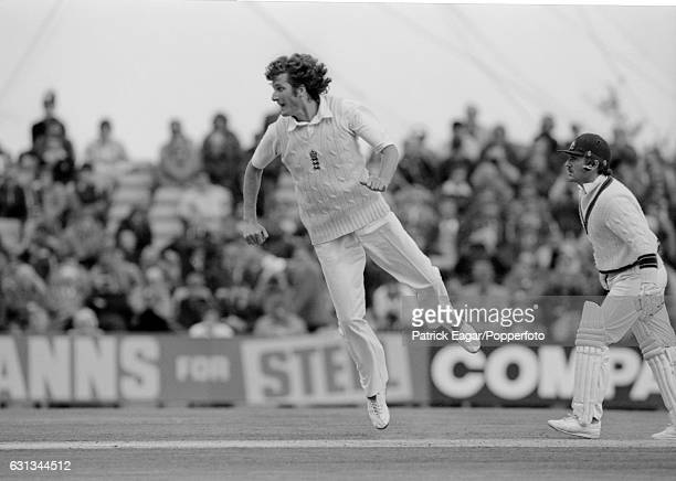 Bob Willis bowling for England during the 3rd Test match between England and Australia at Headingley Leeds 16th July 1981 Allan Border is the...