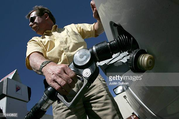 Bob Worth pumps gas March 11 2005 in San Francisco California Gasoline prices are expected to rise to the record level in the upcoming months due to...