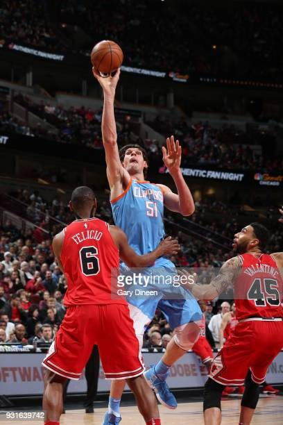 Boban Marjanovic of the LA Clippers shoots the ball against the Chicago Bulls on March 13 2018 at the United Center in Chicago Illinois NOTE TO USER...