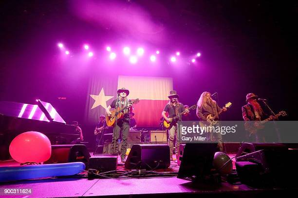 Bobbie Nelson Kevin Smith Willie Nelson Lukas Nelson Jamey Johnson and Billy Gibbons perform in concert at ACL Live on December 31 2017 in Austin...