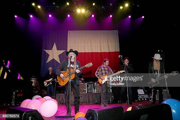 Bobbie Nelson Kevin Smith Willie Nelson Lukas Nelson Mickey Raphael and Billy Gibbons perform in concert at ACL Live on December 31 2016 in Austin...