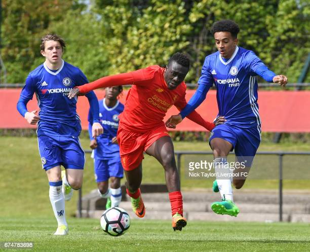 Bobby Adekanye of Liverpool and Jacob Maddox of Chelsea in action during the Liverpool v Chelsea U18 Premier League game at The Kirkby Academy on...