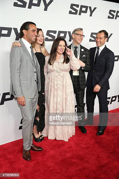 Bobby Cannavale Rose Byrne Melissa McCarthy Paul Feig and Jude Law attend the 'Spy' New York Premiere at AMC Loews Lincoln Square on June 1 2015 in...