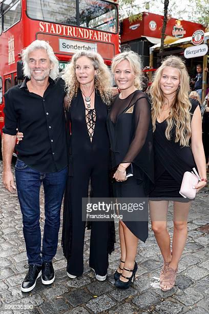Bobby Dekeyser, guest, Carolin Dekeyser and Marie Dekeyser attend the 'Nacht der Legenden' at Schmidts Tivoli on September 04, 2016 in Hamburg,...