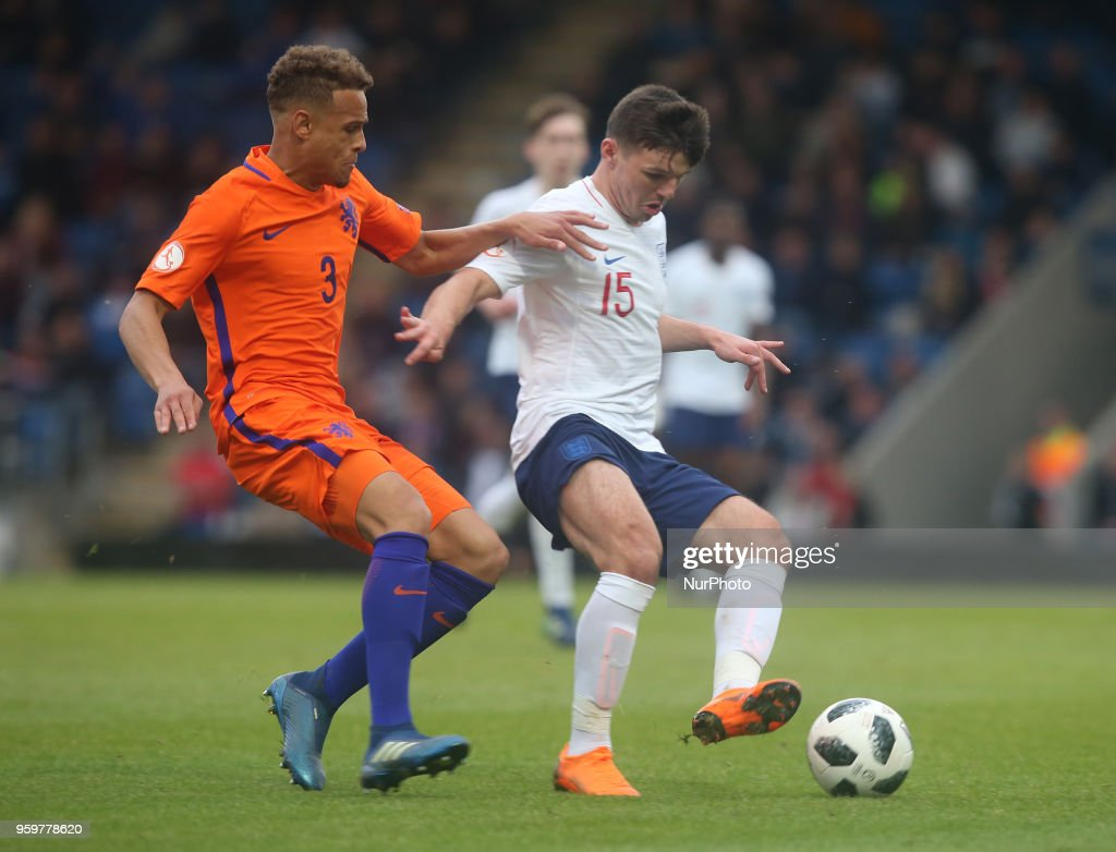 England v Netherlands - UEFA U17 Championship Semi-Final : News Photo