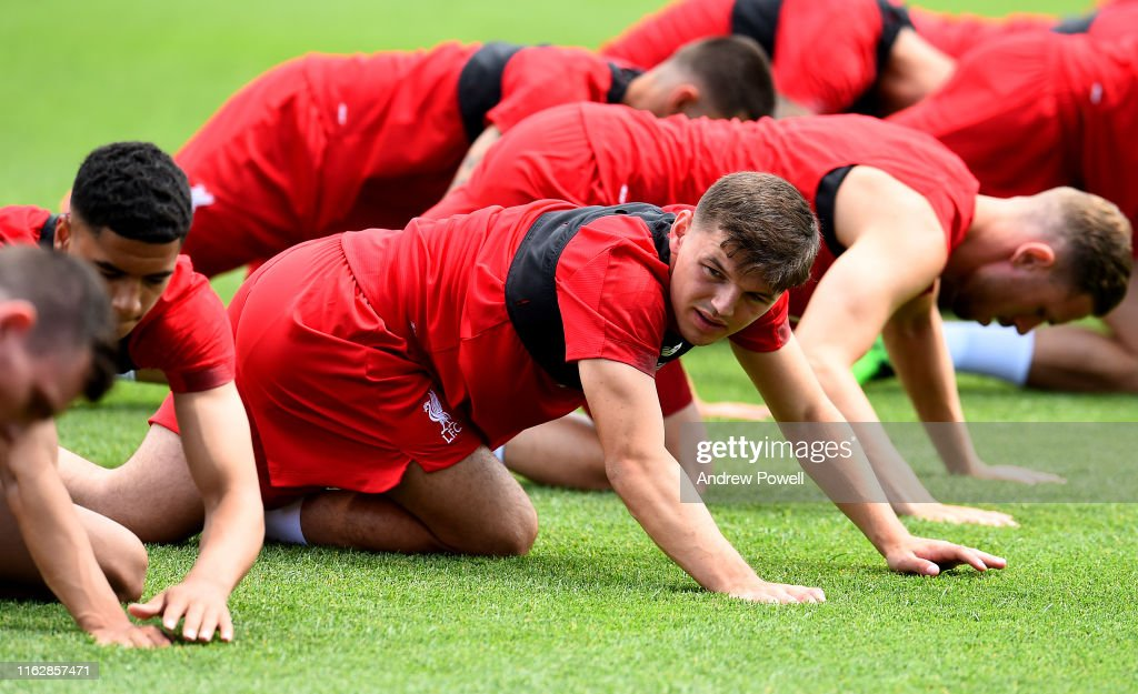 Liverpool Training & Press Conference : ニュース写真